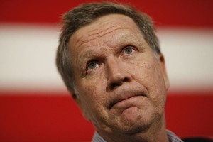John Kasich, governor of Ohio and 2016 Republican presidential candidate, pauses as he speaks during a campaign event at the Patriots Point Naval & Maritime Museum in Mount Pleasant, South Carolina, U.S., on Friday, Feb. 19, 2016. The six remaining Republicans face off Saturday in South Carolina's primary where Trump holds a commanding lead in the polls. Photographer: Luke Sharrett/Bloomberg via Getty Images